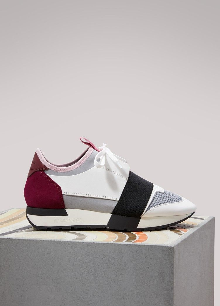 balenciaga runner race
